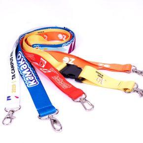 Ланъярды шнурки для бейджей с логотипом компании